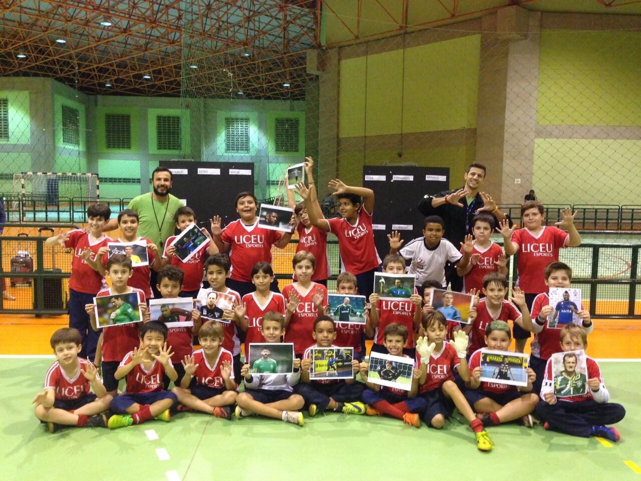 Alunos do Futsal comemoram o Dia do Goleiro
