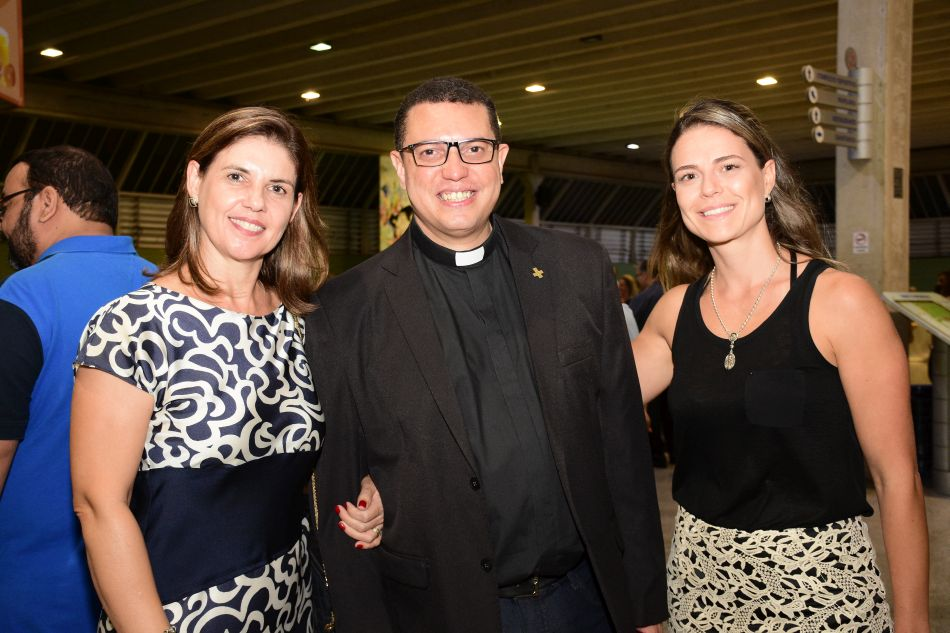 Posse Oficial  – Padre Alexandre Luís de Oliveira